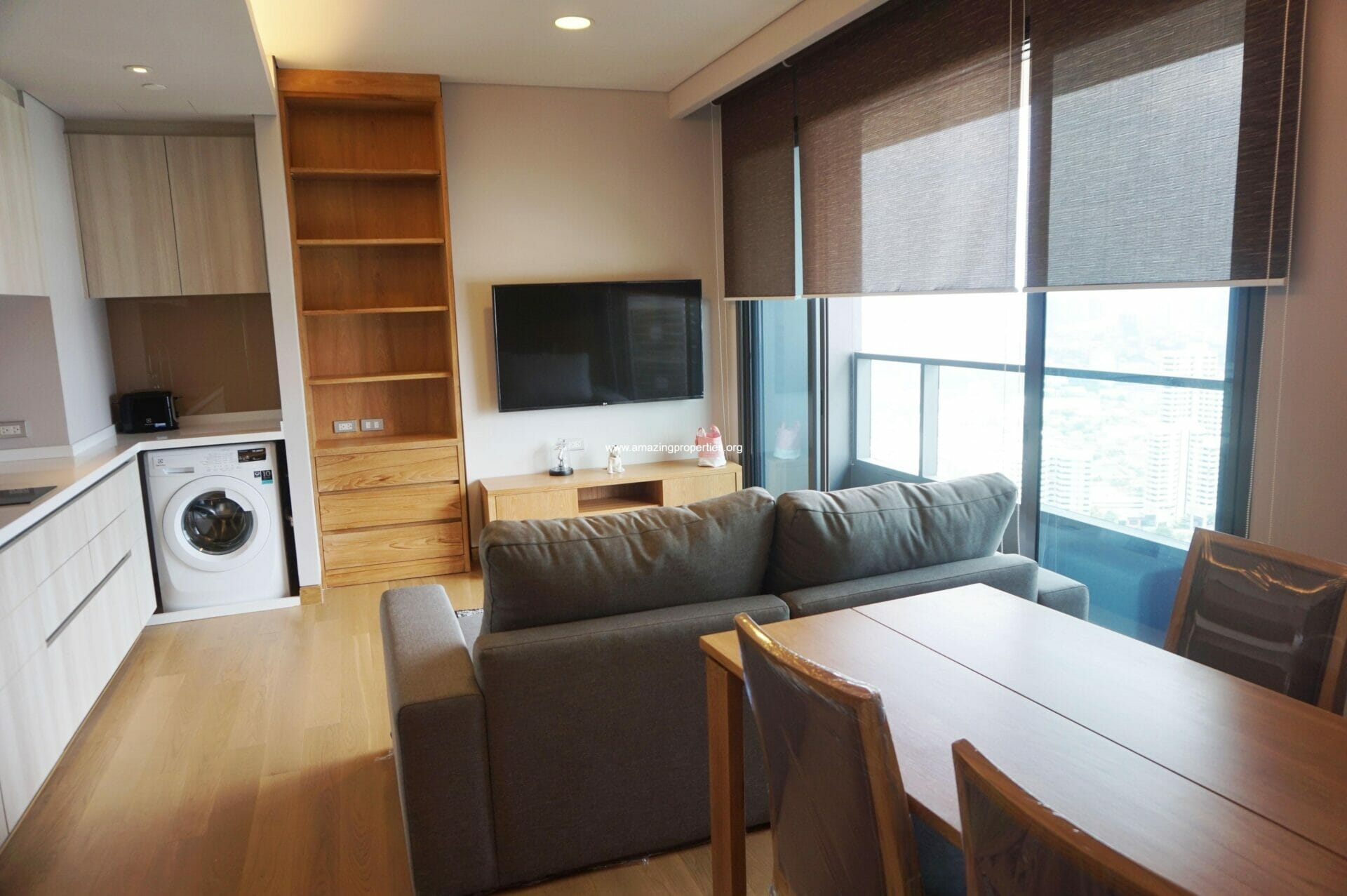 Lumpini 24  2 bedroom condo for rent Phrom Phong