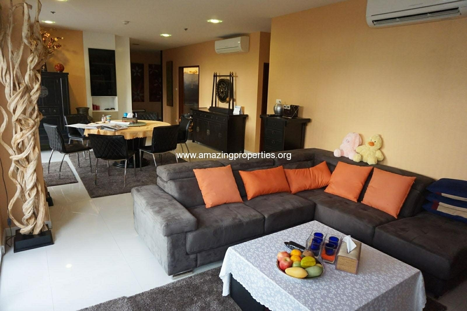 2 bedroom Condo for Sale with Tropical Garden