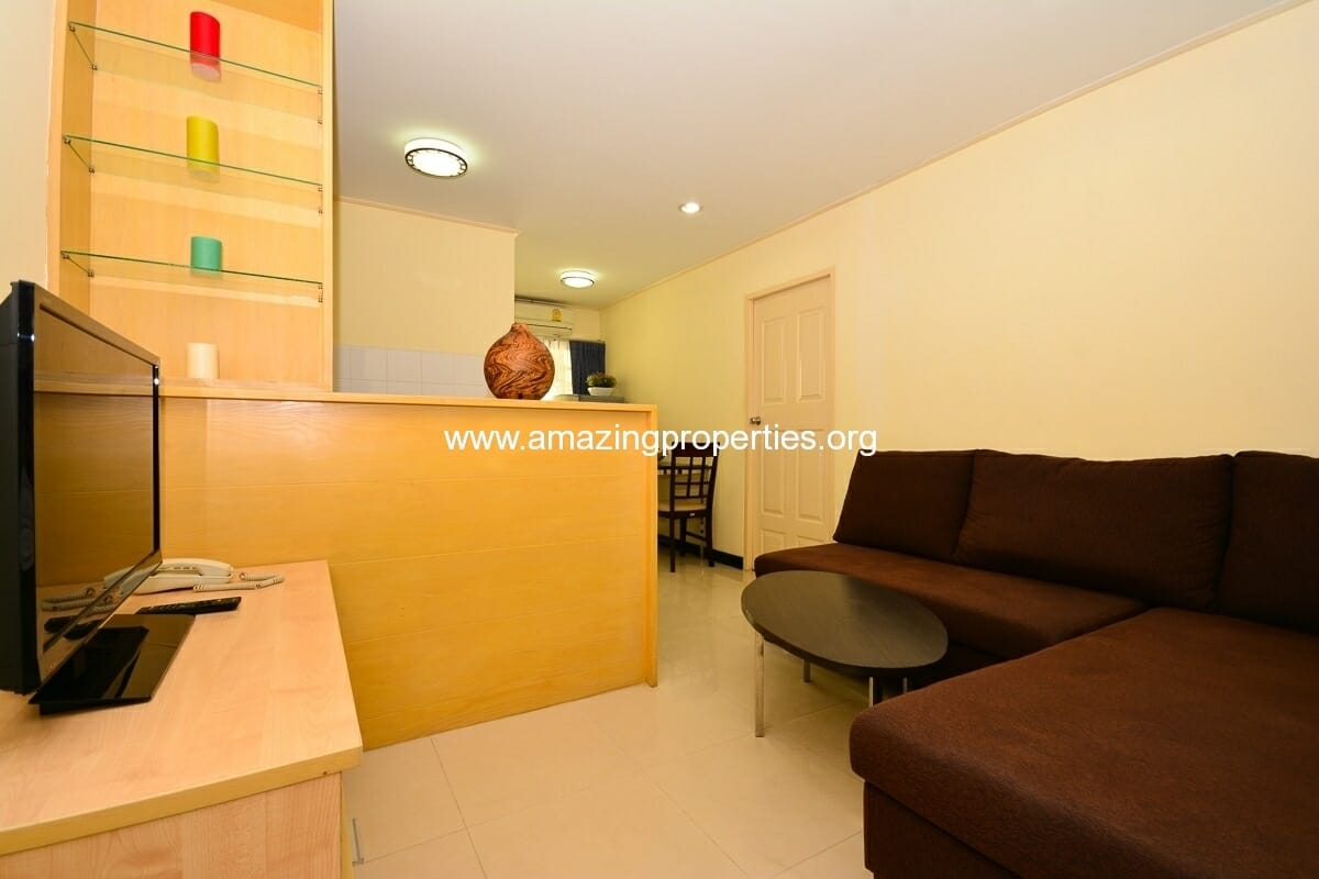 1 bedroom Apartment Charming Resident Asoke