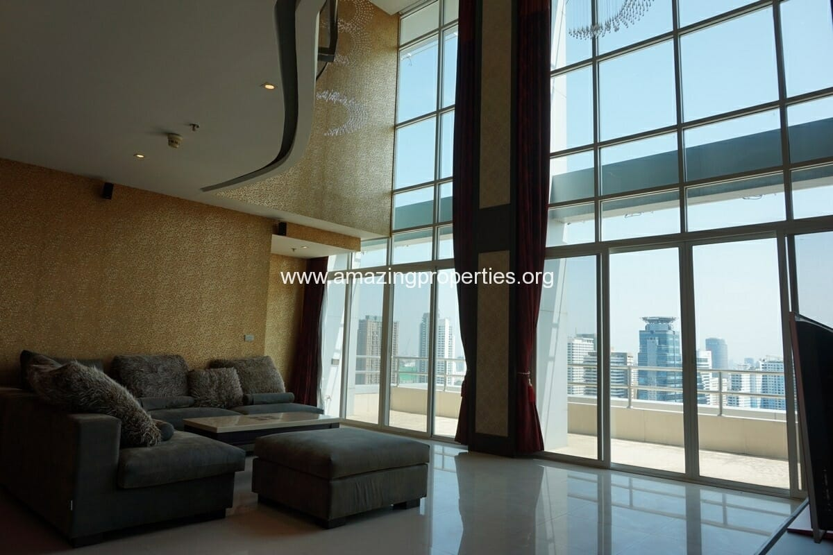 Nana Duplex 4 Bedroom Penthouse for Sale