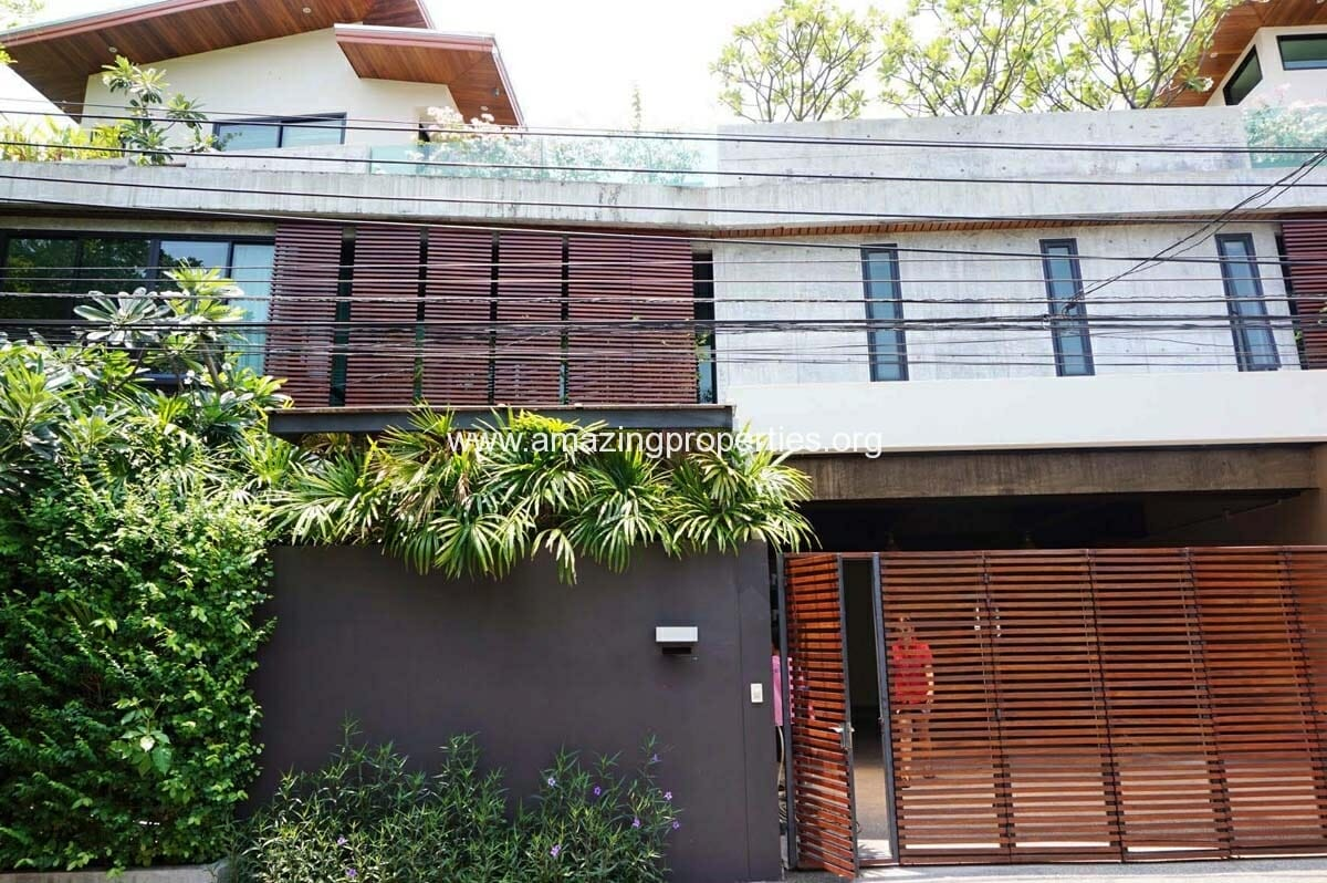 House Thonglor for Rent