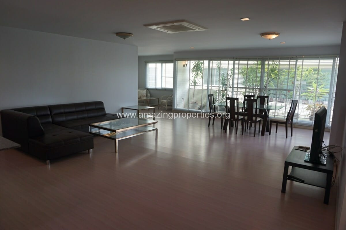 31 Place 2 Bedroom Apartment Phrom Phong