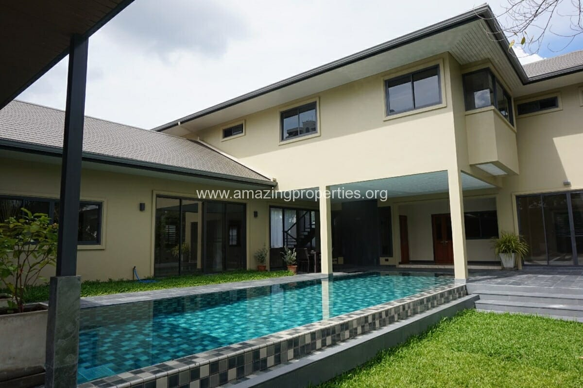 Phrom phong 5 bedroom house with pool amazing properties for 5 bedroom homes