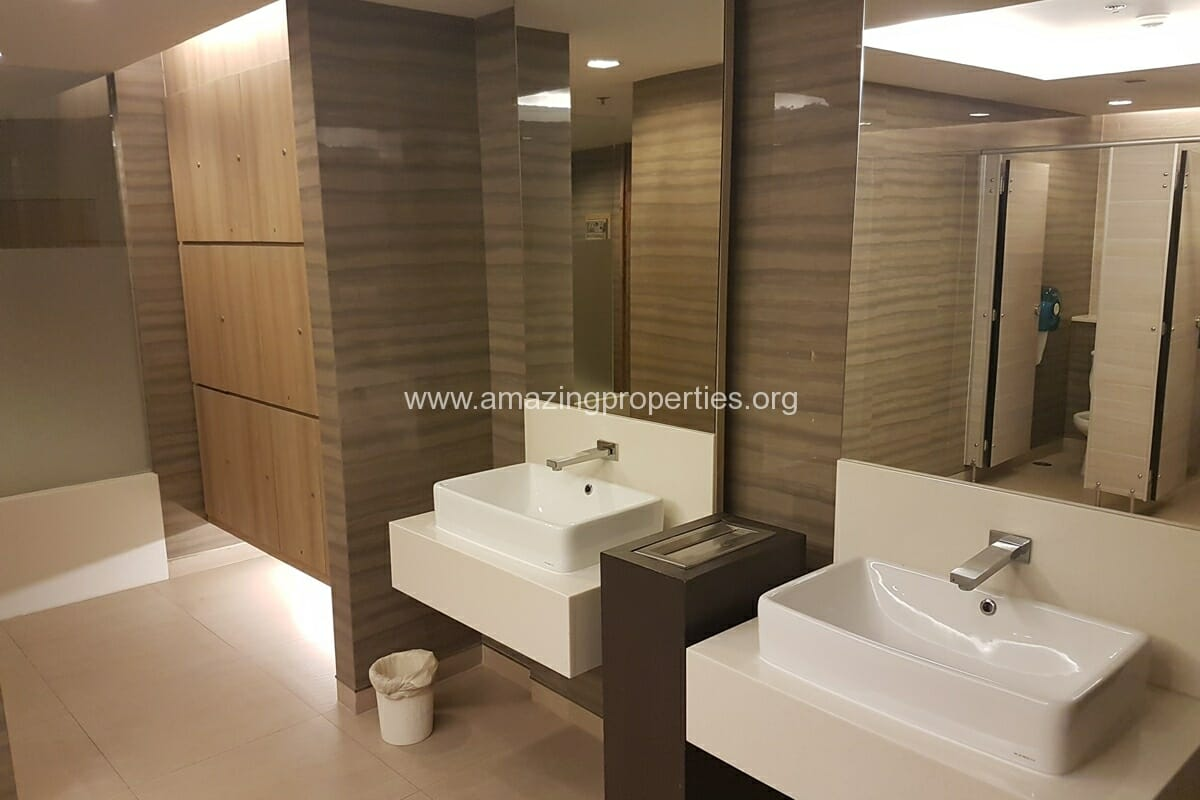 Commercial Space Asoke for Rent-6