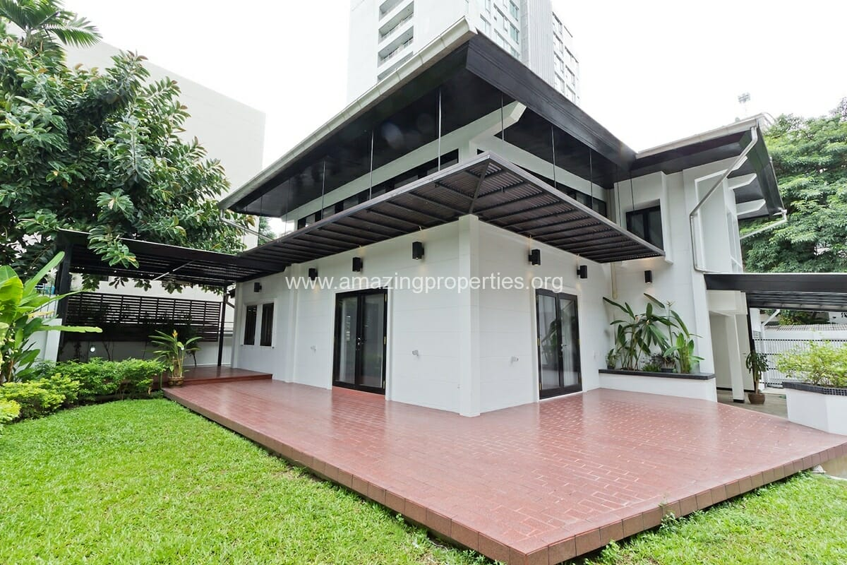 Phrom Phong House with Garden-16
