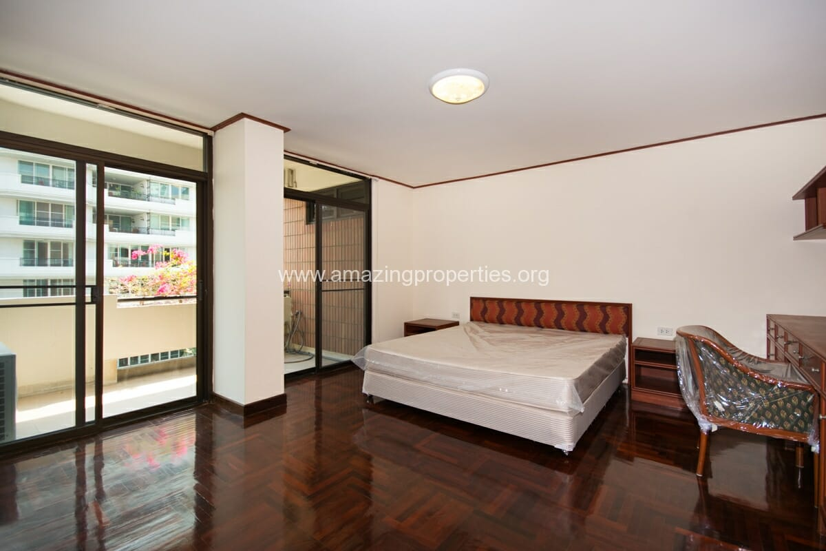 3 Bedroom Jamy Twin Mansion-7