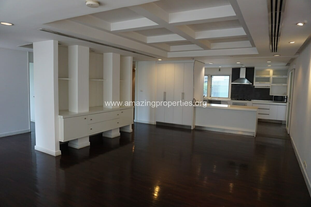 4 Bedroom Penthouse for Rent at Siri Apartment