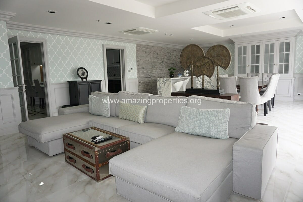 Kiarthanee Mansion 4 Bedroom for Rent