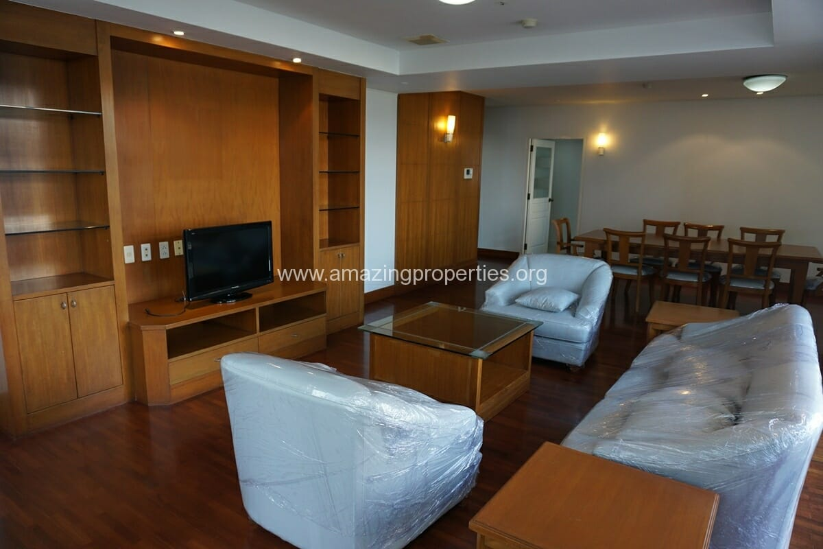 3 Bedroom Apartment Krungthep Thani Tower