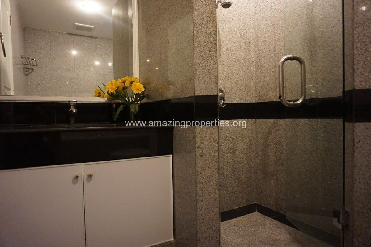 3 Bedroom condo Grand Langsuan-10