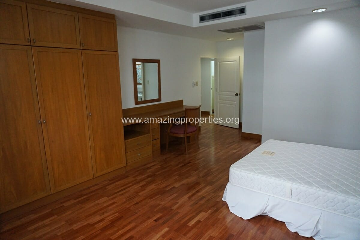 3 Bedroom Penthouse Krungthep Thani Tower-10